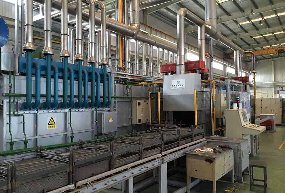 Continuous push furnaces. Treatment: Burning, annealing, bluing